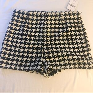 FABRIC HOUNDSTOOTH SHORTS BRAND NEW WITH TAGS
